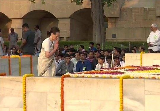 Congress interim President Sonia Gandhi  pays  tribute to Mahatma Gandhi at Raj Ghat