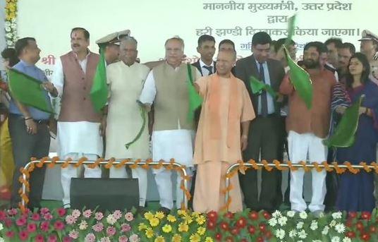 Uttar Pradesh Chief Minister Yogi Adityanath flagging off Delhi Lucknow Tejas Express on Friday