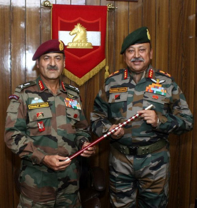 Lt Gen Paramjit Singh Sangha, left, handing the command of 'White Knight Corps' to Lt Gen Harsha Gupta, right, in Jammu on Saturday