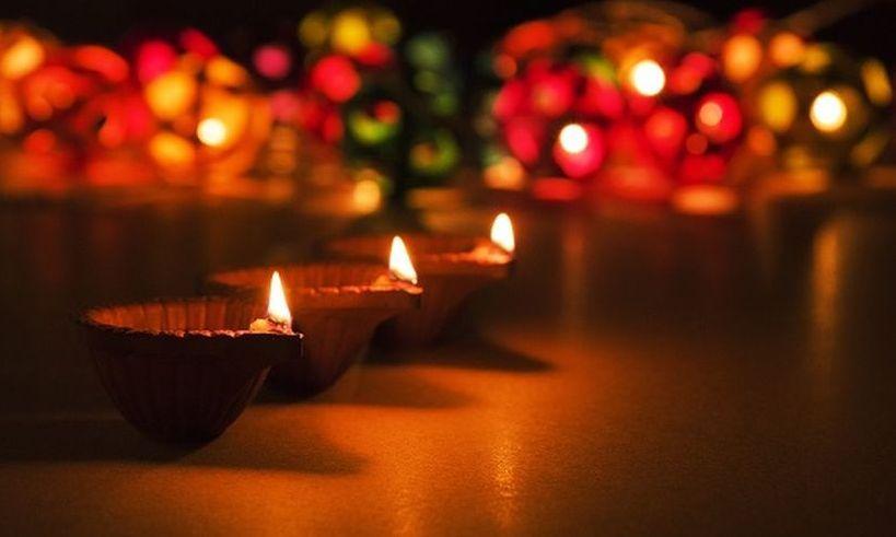 From Amitabh Bachchan to Rishi Kapoor, B-town celebrates ...  From Amitabh Ba...