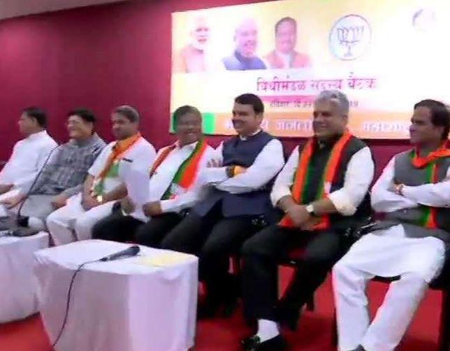 Fadnavis attends meeting of Maha BJP MLAs