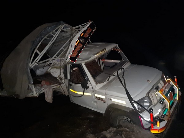 A private vehicle fell off a bridge in Dhule