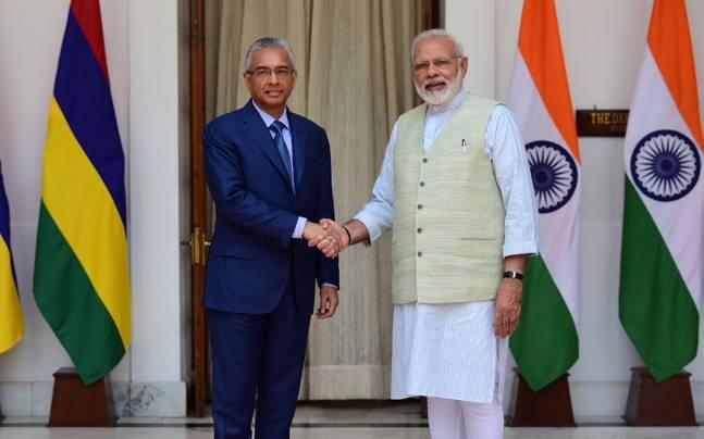 Prime Minister Narendra Modi met his Mauritian counterpart Pravind Jugnauth