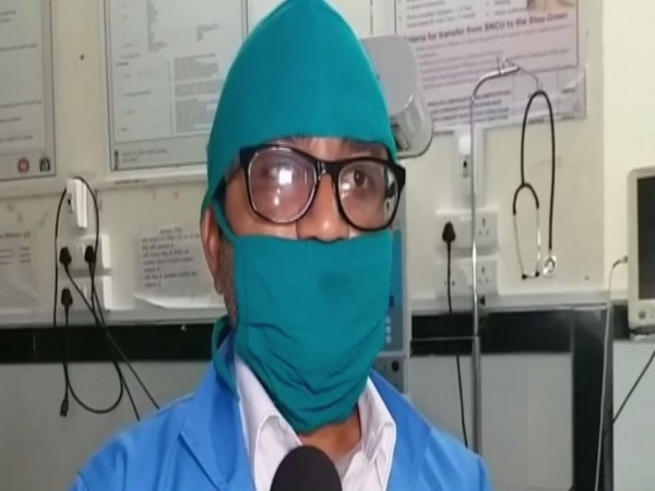 Duty in-Charge at the hospital, Hitesh Soni talking to reporters in Bundi