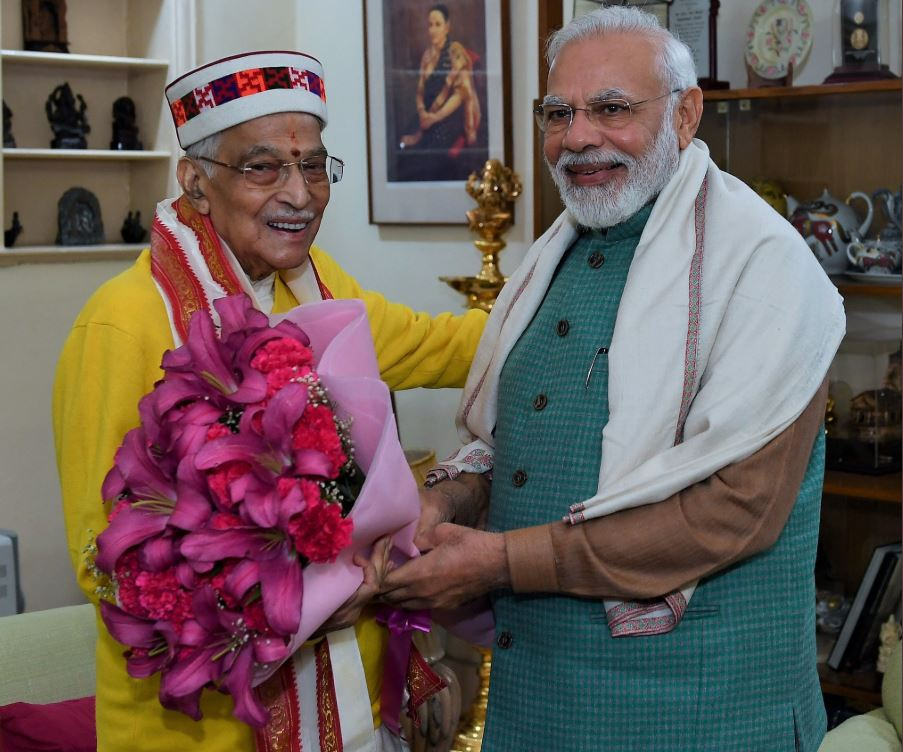 PM greets Murli Manohar Joshi on birthday