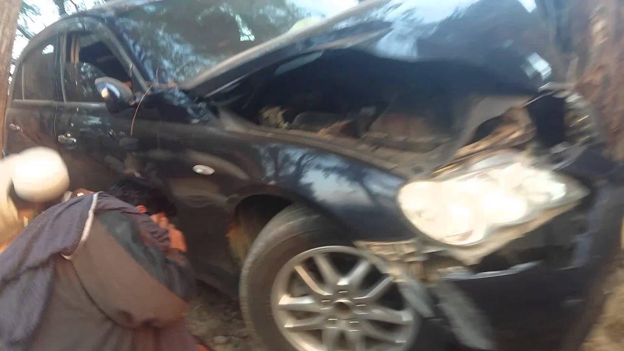 Three killed as car rams into tree in Ballia (Representational Image)
