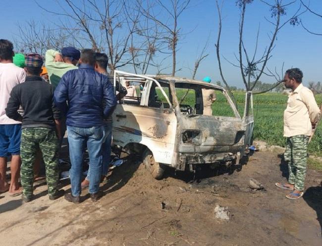 School van catches fire in Sangrur