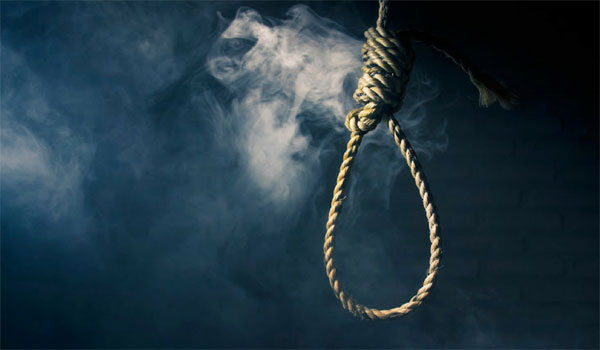 Woman found hanging in UP, family alleges dowry death (Representational Image)