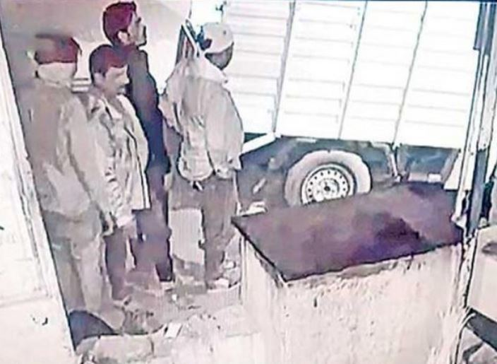 CCTV grab showing the people who stole the ATM machine