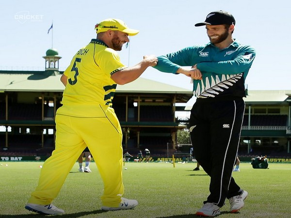 Aaron Finch and Kane Williamson during toss in first ODI at SCG