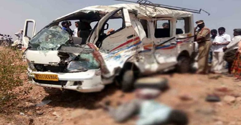 Van hit by a truck near Pedda Golconda