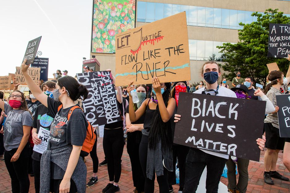 Jewish protesters turn out for Black Lives Matter solidarity demonstration