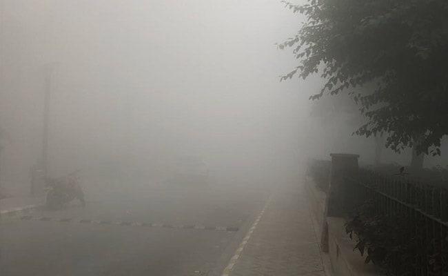 Smog engulfs New Delhi on Wednesday