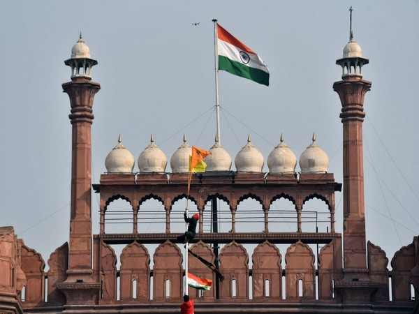 Visual of a flag waved by protesting farmers at Red Fort on January 26.