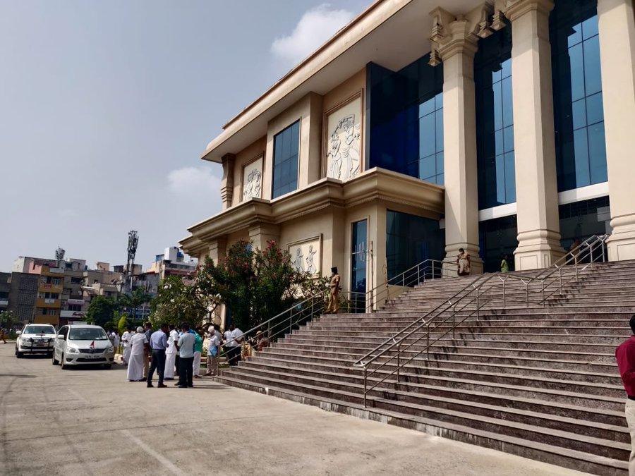 DMK walks out of Tamil Nadu Assembly