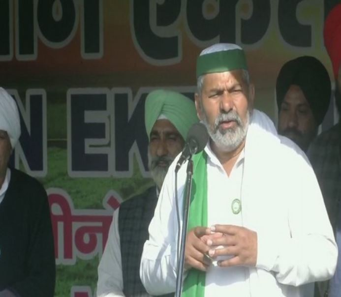 Bharatiya Kisan Union (BKU) leader Rakesh Tikait speaking at Ghazipur protest site
