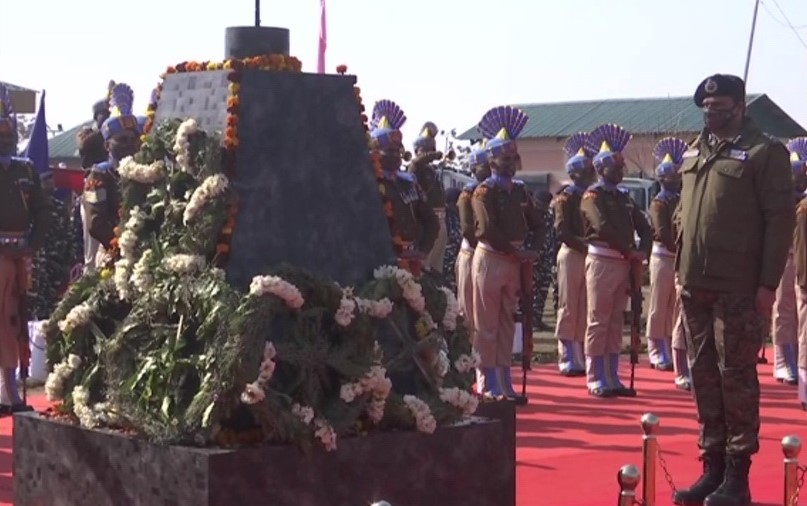CRPF paid floral tributes to the 40 jawans