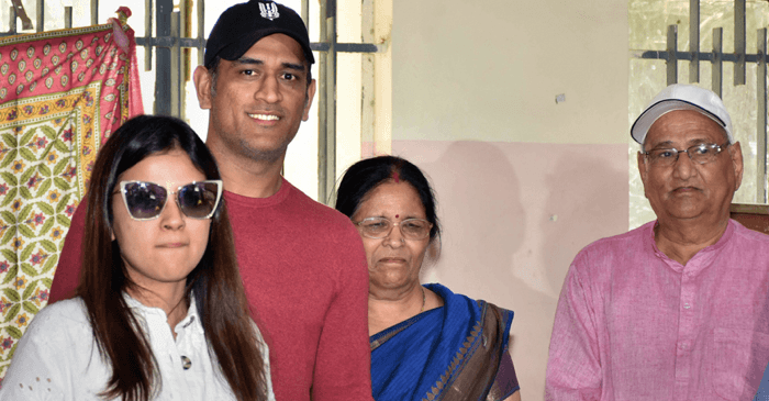 Mahendra Singh Dhoni with his parents