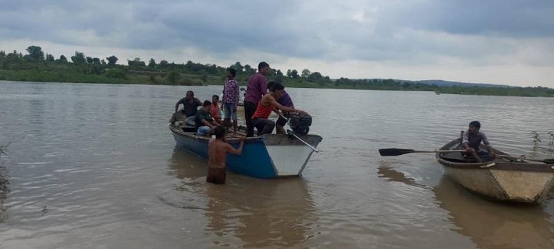Boat Capsized in the Amravati