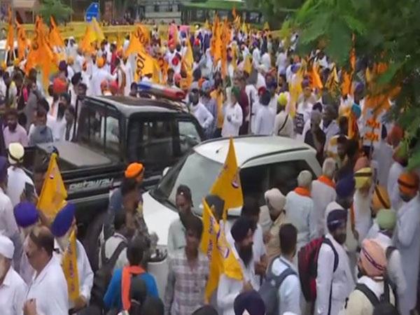 SAD's protest against Central farm laws